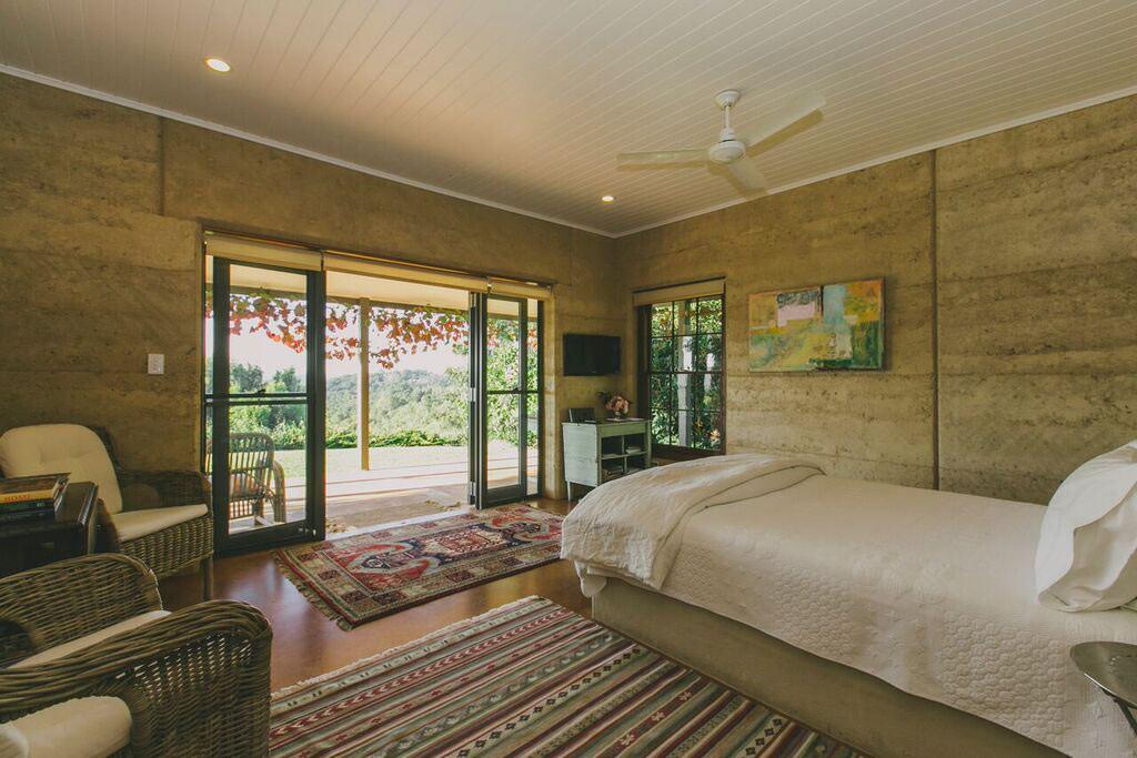 EarthHouse Byron Bay Accommodation